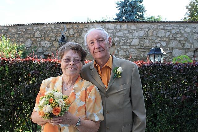 קליפ במתנה לסבא וסבתא