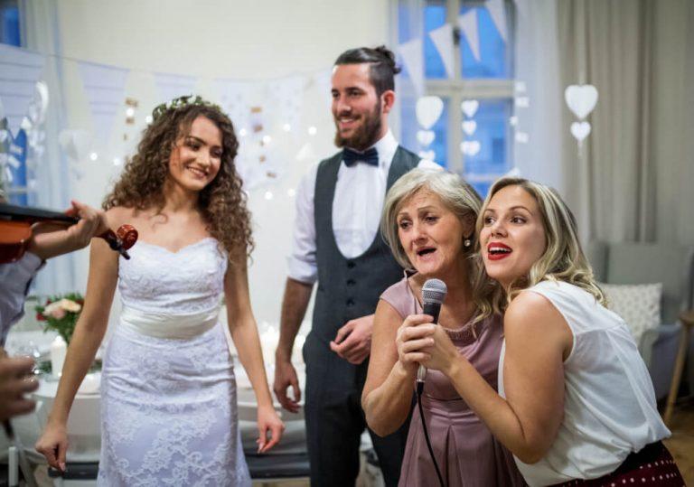 שיר עם קליפ חברים לחתונה